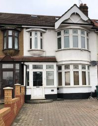 Thumbnail 6 bed end terrace house to rent in Stepney Green, Stepney Green