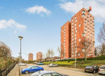 2 bed flat to rent in Dalton Street, Manchester M40