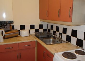 Thumbnail 1 bedroom flat to rent in Idle Road, Bradford
