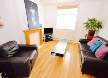 Thumbnail 3 bed property to rent in Cross Street, Rothwell, Kettering