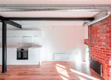 1 bed flat to rent in Houldsworth Street, Reddish, Stockport SK5