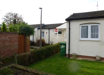 Thumbnail 1 bedroom bungalow to rent in Goldsworthy Way, Burnham, Slough