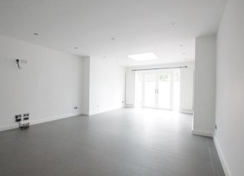 Thumbnail 3 bed property to rent in Faraday Close, Holloway
