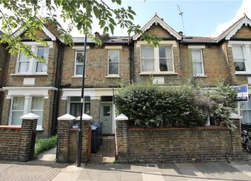 2 bed maisonette to rent in Acton Lane, Chiswick W4
