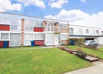 3 bed flat to rent in Garden Court, Stanmore HA7