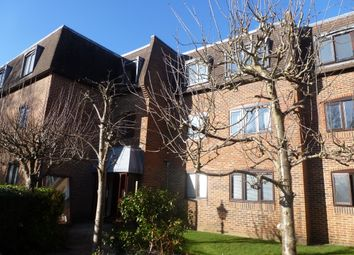 Thumbnail 2 bed flat to rent in Morley Road, Farnham, Surrey