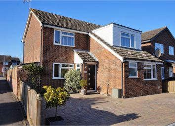 Thumbnail 3 bed detached house for sale in Juniper Close, Ashford