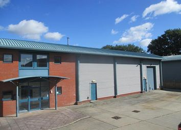 Thumbnail Warehouse to let in Wycke Hill, Maldon, Essex