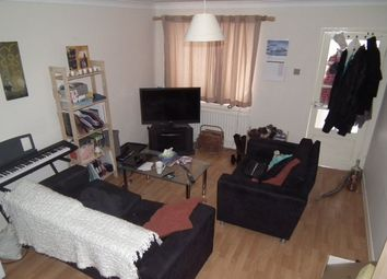 Thumbnail 2 bed property to rent in 1st Oct 2015, Hunters Place, Spital Tongues
