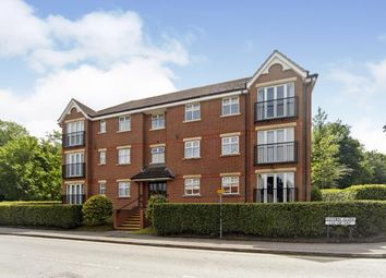2 bed flat for sale in Eothen Close, Caterham, Surrey CR3