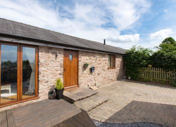 Thumbnail 1 bedroom barn conversion for sale in Spacious Barn Conversion, Merryhill Park, Haywood Lane, Hereford
