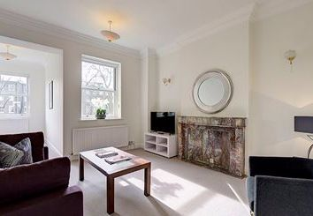 Thumbnail 2 bedroom terraced house to rent in Somerset Court, Kensington