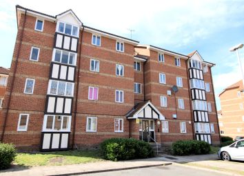 Thumbnail 2 bedroom flat for sale in Chandlers Drive, Erith, Kent