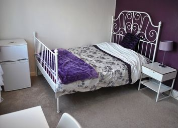 Thumbnail Room to rent in Coppice Road, Rugeley