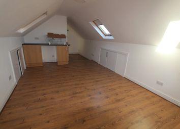 Thumbnail Studio to rent in Stoneleigh Close, Waltham Cross
