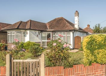 Percival Way, Ewell, Epsom KT19. 3 bed bungalow