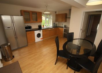 2 bed flat to rent in Orlescote Road, Cannon Park, Coventry CV4