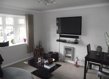 Thumbnail 2 bed property to rent in Gidea Park, Romford, Essex