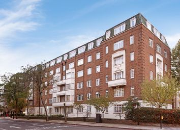Thumbnail Studio to rent in Chatsworth Court, Pembroke Road, Kensington, London