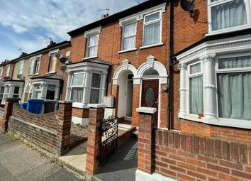 Thumbnail 2 bed flat to rent in Oxford Road, Ipswich