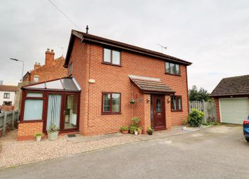 Thumbnail 3 bed detached house for sale in Newbigg, Westwoodside, Doncaster