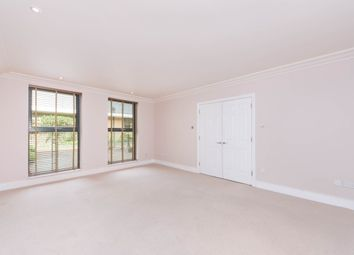 Thumbnail 3 bed flat to rent in Chelsea Gate Apartments, Chelsea