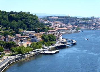 Thumbnail Hotel/guest house for sale in P701, 5 Star Hotel And Project For A 4 Star Hotel, Portugal, Portugal