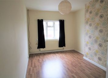 Thumbnail 3 bed flat to rent in Heath Park Road, Romford