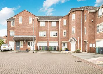 Thumbnail 2 bed flat for sale in Kensington Way, Leeds