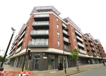 Thumbnail 1 bed flat to rent in Worcester Point, Lever Street, London
