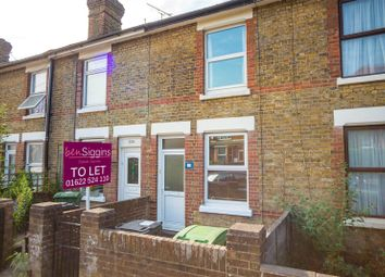 2 bed terraced house to rent in Tonbridge Road, Maidstone, Kent ME16