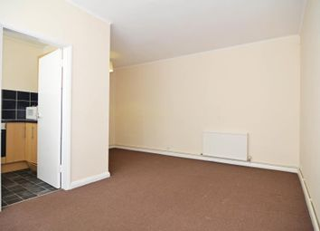 1 bed flat to rent in High Street, Teddington TW11