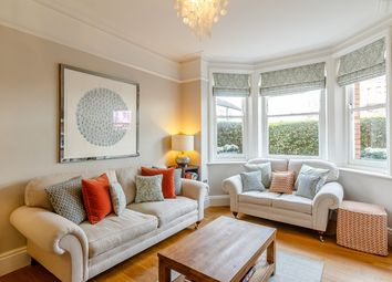 Thumbnail 3 bed flat for sale in Alwyne Road, London