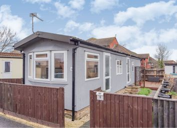 Thumbnail 2 bed mobile/park home for sale in Western Avenue, Didcot