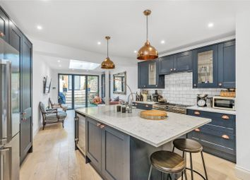 Thumbnail 2 bed flat for sale in Britannia Road, Fulham, London