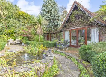 Pednor, Chesham HP5. 2 bed cottage