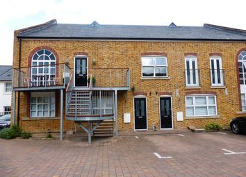 Thumbnail 2 bed flat to rent in Anchor Street, Chelmsford