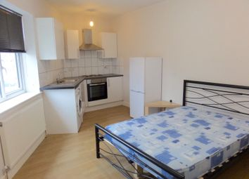 Thumbnail Studio to rent in Longford Avenue, Southall