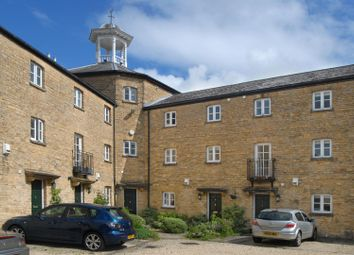 Thumbnail 2 bed terraced house for sale in Cotshill Gardens, Chipping Norton