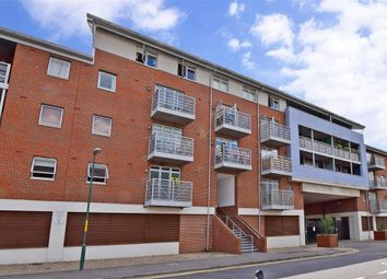 Thumbnail 1 bedroom flat for sale in Kingfisher Meadow, Maidstone, Kent