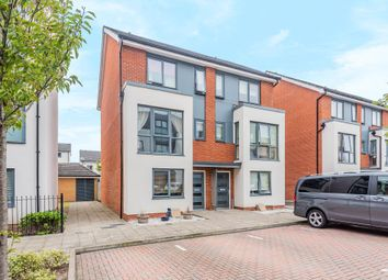 Reading, Berkshire RG2. 4 bed town house