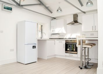 Thumbnail 1 bed maisonette to rent in Lower Clapton Road, Clapton