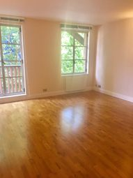 Thumbnail 1 bed flat to rent in The Circle, Queen Elizabeth Street SE1, London