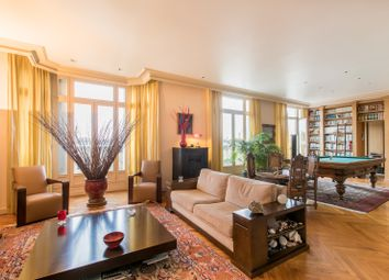 Thumbnail 3 bed apartment for sale in Paris Arrondissement, Paris, France