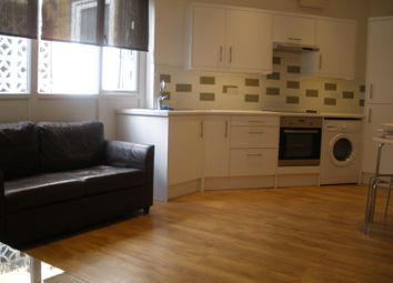 Thumbnail 1 bed flat to rent in Grays Inn Road, Bloomsbury