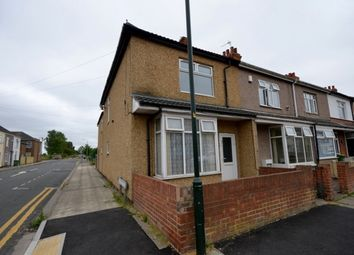 Thumbnail 2 bed flat to rent in Gilbey Road, Grimsby