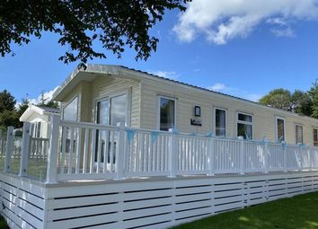 Thumbnail 2 bed mobile/park home for sale in Higher Road, Lancashire