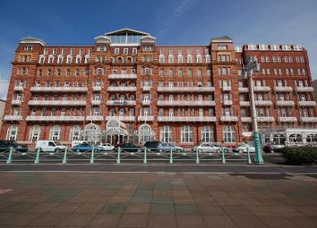 Thumbnail 1 bed flat to rent in 2A Metropole Court, Kings Road, Brighton, East Sussex