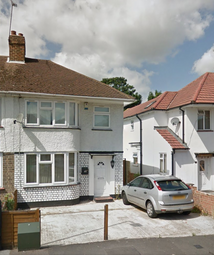 Thumbnail 3 bedroom semi-detached house to rent in Cranbourne Rd, Slough