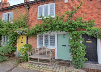 High Street, Amersham HP7. 2 bed terraced house